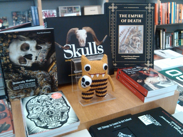 Skull Beastie, by CrawCrafts Beasties