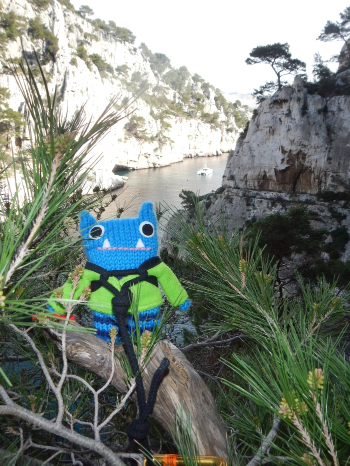 Climber Beastie Admires the View - J Donaldson/CrawCrafts Beasties