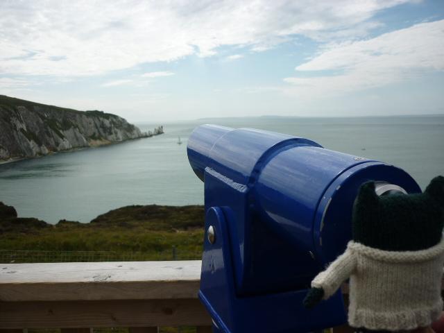 Paddy watches their lift home vanish over the horizon! H Crawford/CrawCrafts Beasties
