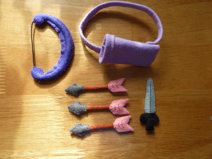 Dragon Slayer Beastie's Weapons, by CrawCrafts Beasties