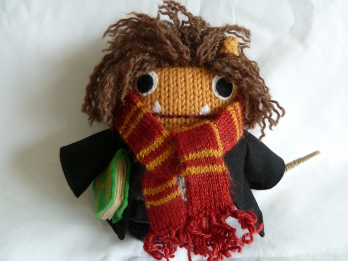 Hermione Beastie, Ready for a new term at Hogwarts! CrawCrafts Beasties