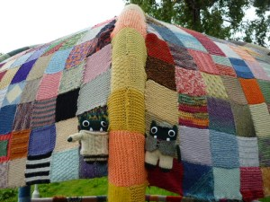 Paddy and Plunkett at the Aberdeen Yarn Bombing - H Crawford/CrawCrafts Beasties