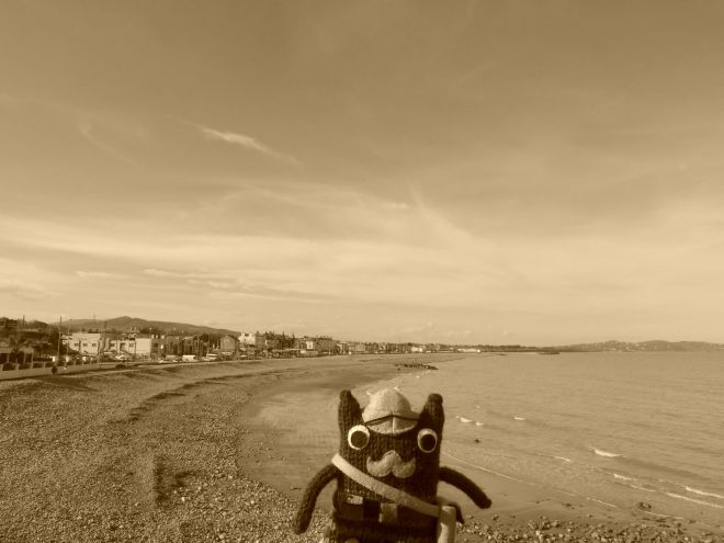 Victorian Explorer Beastie on Bray Beach - CrawCrafts Beasties