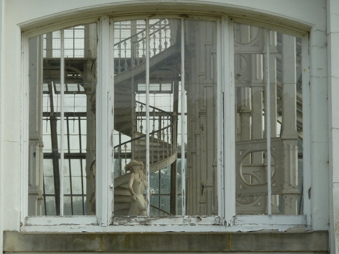 Statue in the Temperate House, Kew Gardens - CrawCrafts Beasties