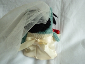 Bride Beastie's Hair (& the back of her dress) - CrawCrafts Beasties