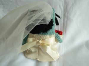 Bride Beastie's Hair (& the back of her dress) - CrawCrafts Beasties