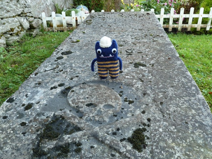 Explorer Beastie Finds the Spookiest Headstone - CrawCrafts Beasties