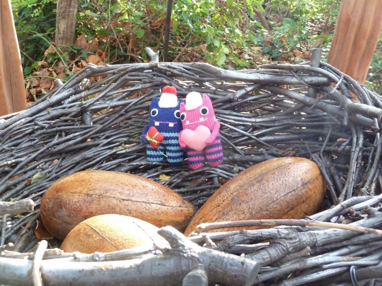 Beasties in a Giant Bird's Nest - CrawCrafts Beasties