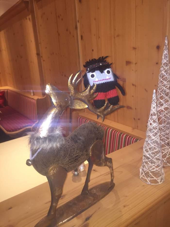 Sparkly Reindeer - the only way to travel. S Allen/CrawCrafts Beasties