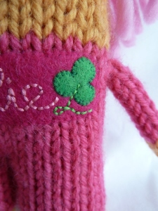 A Shamrock for Ireland - CrawCrafts Beasties