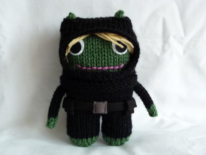 Diver Beastie Gets Dressed! CrawCrafts Beasties