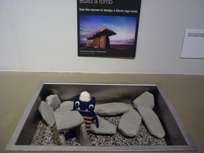 Explorer Beastie Builds a Tomb! CrawCrafts Beasties