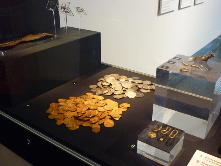 Sunken Treasure from the Girona - CrawCrafts Beasties