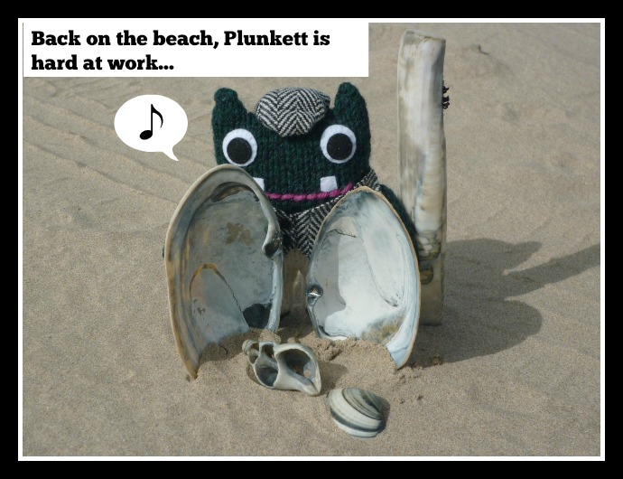 Beach Beasties Frame 11 - CrawCrafts Beasties