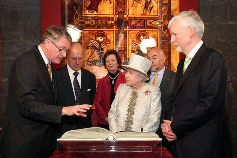 The Queen at the Book of Kells, from www.tcd.ie