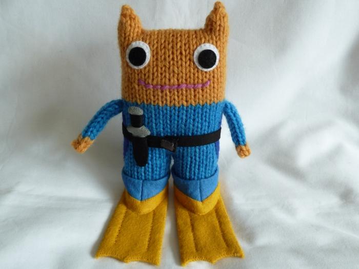 Diver Beastie Gets His Flippers On! CrawCrafts Beasties