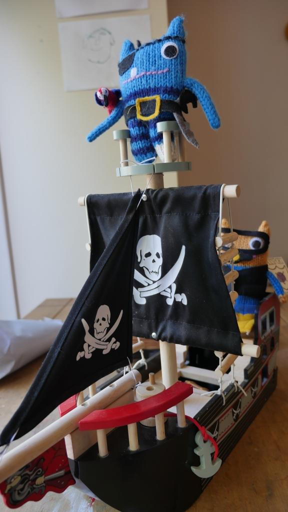 All Aboard the Good Ship Beastie! FocalHeart/CrawCrafts Beasties