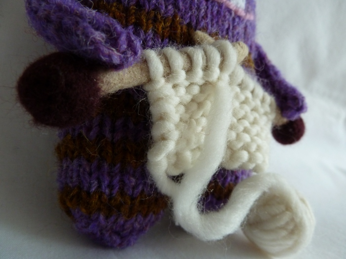 What are you knitting, Beastie? CrawCrafts Beasties