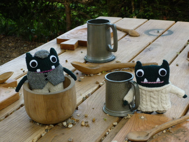 Paddy and Plunkett have a Picnic - H Crawford/CrawCrafts Beasties
