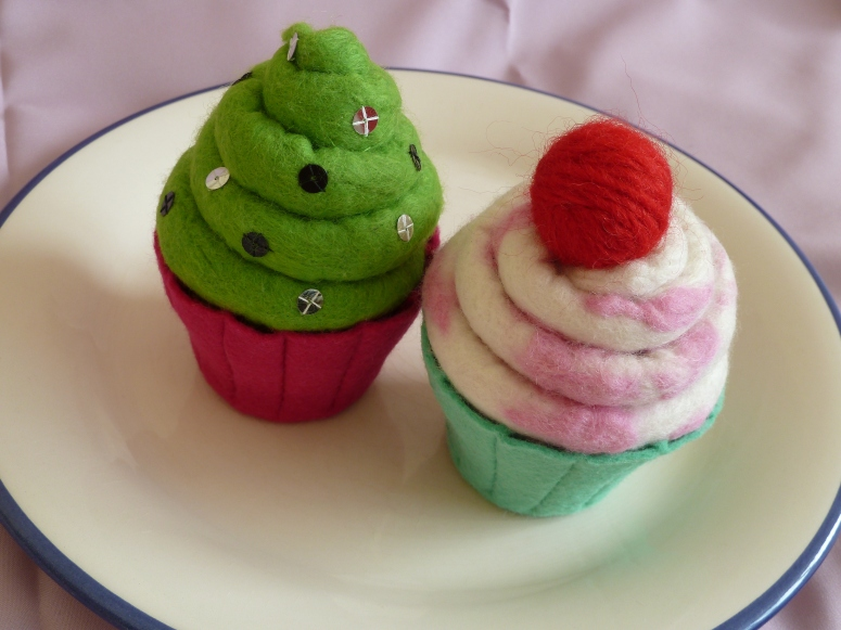 Felt Cupcakes, by CrawCrafts Beasties