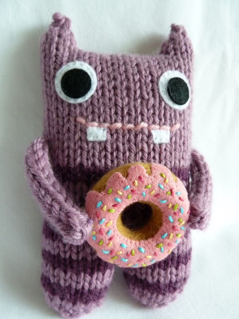 Doughnut Beastie, by CrawCrafts Beasties