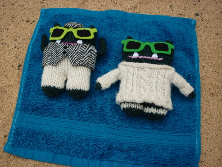 Paddy and Plunkett Catch Some Rays - H Crawford/CrawCrafts Beasties