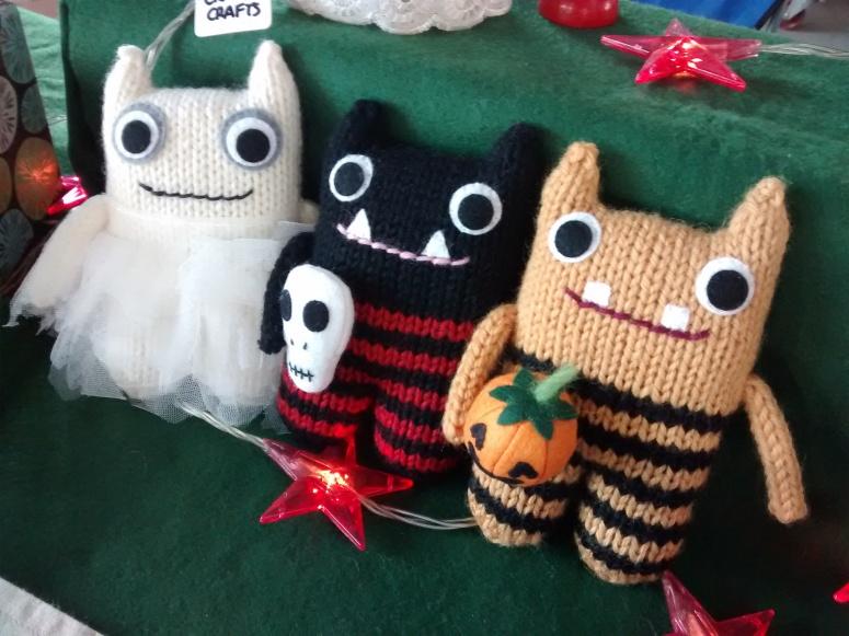Hallowe'en Beasties are GO! CrawCrafts Beasties