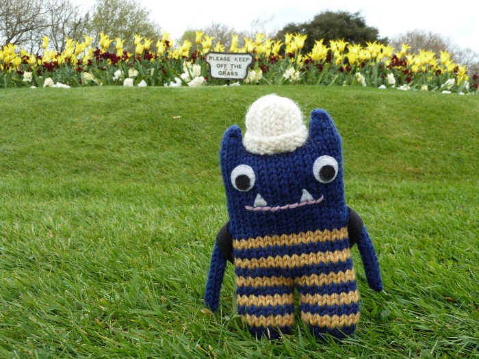 Paws off the Grass! CrawCrafts Beasties