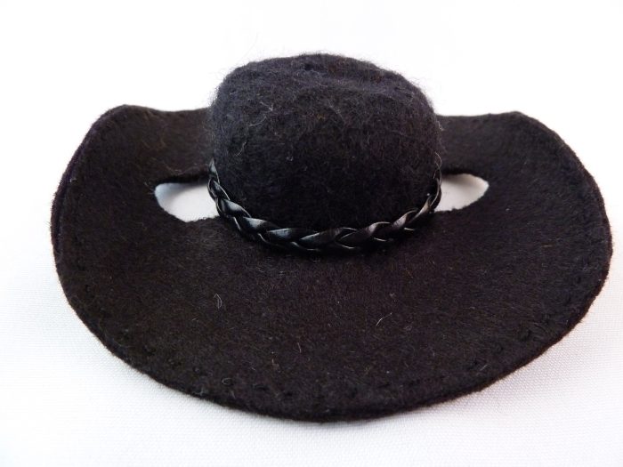 Cowboy Beastie's Cowboy Hat, by CrawCrafts Beasties