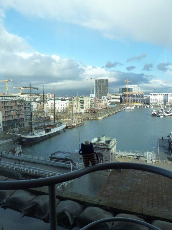 View over Antwerp - CrawCrafts Beasties