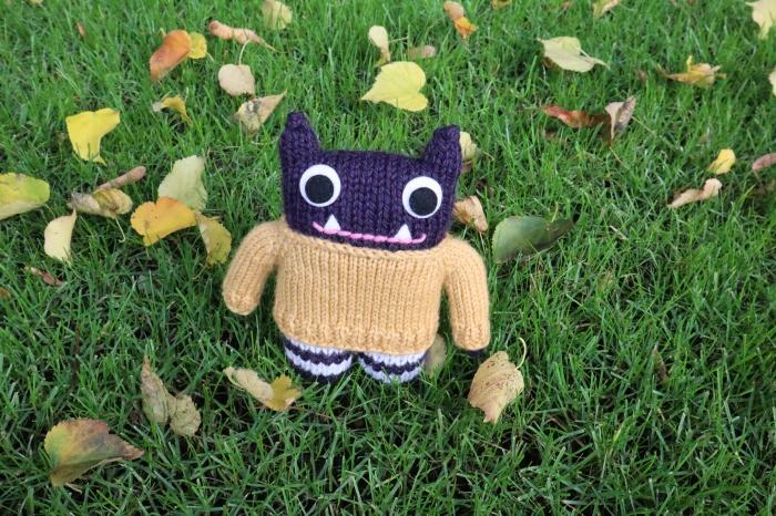 Woolly Jumper Beastie with Leaves - CrawCrafts Beasties