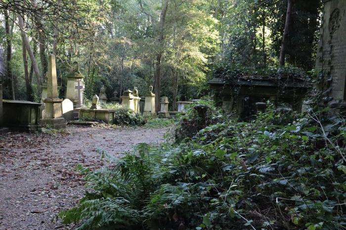 Highgate Cemetery West - CrawCrafts Beasties