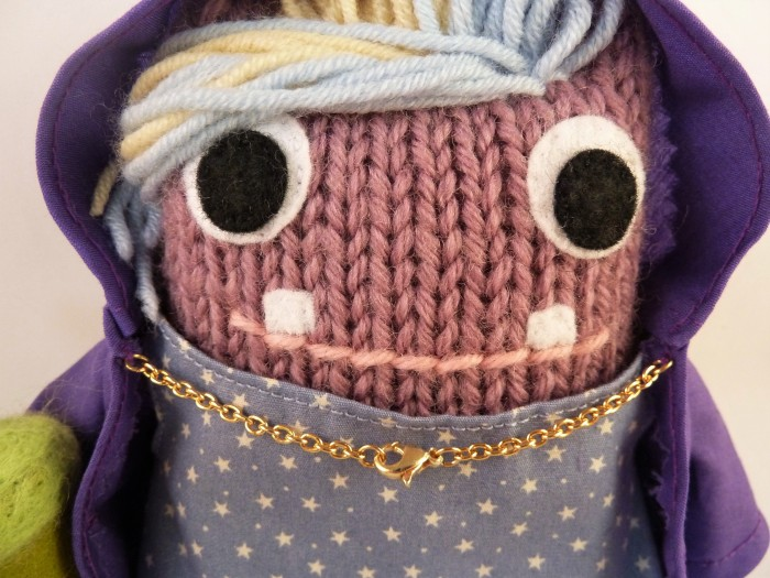 A Lovely Beastie Smile, and Gold Cape Clasp - CrawCrafts Beasties