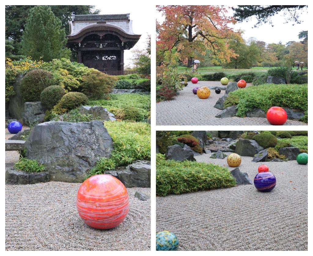 In the Japanese Garden at Kew - CrawCrafts Beasties