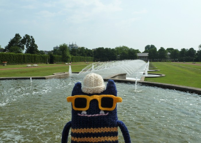 Explorer Beastie at the Nordpark Fountains - CrawCrafts Beasties