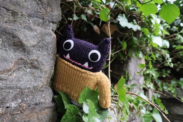 Woolly Jumper Beastie in the Wall - CrawCrafts Beasties