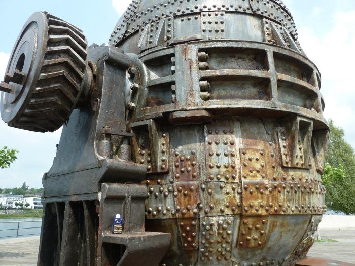 Steelworks Sculpture at Phoenix-See - CrawCrafts Beasties