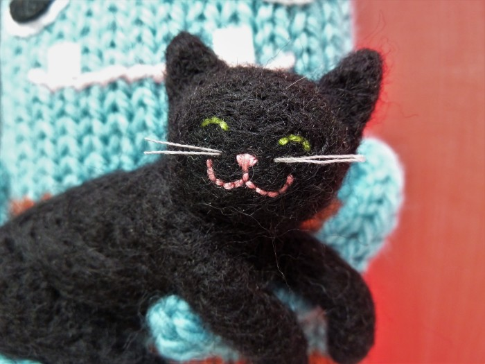 Black Cat - Needle Felted Kitty - CrawCrafts Beasties