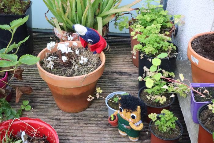 Gardener Beastie Plans Ahead - Balcony Garden - CrawCrafts Beasties
