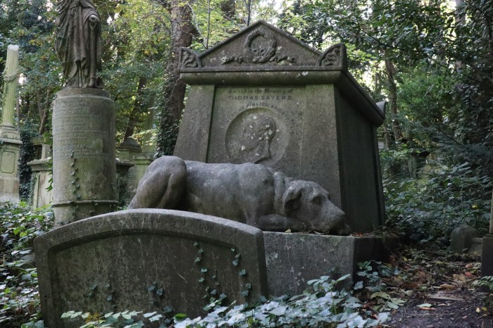 Tom Sayers's Grave at Highgate Cemetery - CrawCrafts Beasties