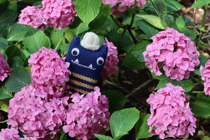 Beastie in the Blooms - CrawCrafts Beasties