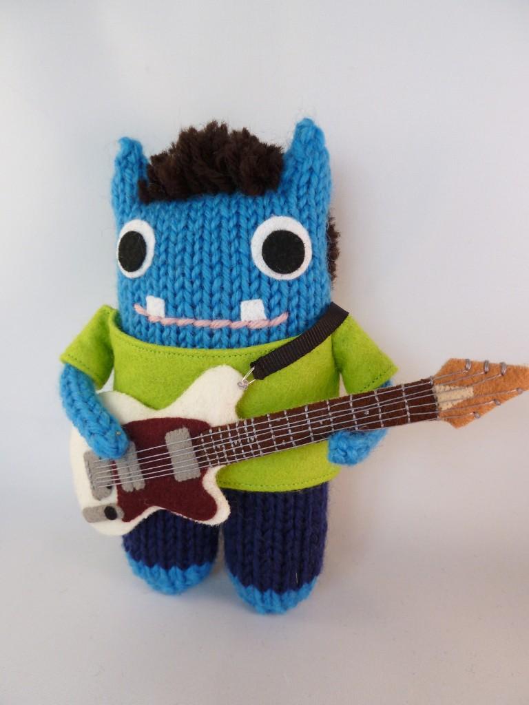 Adam Beastie Plays Guitar! CrawCrafts Beasties
