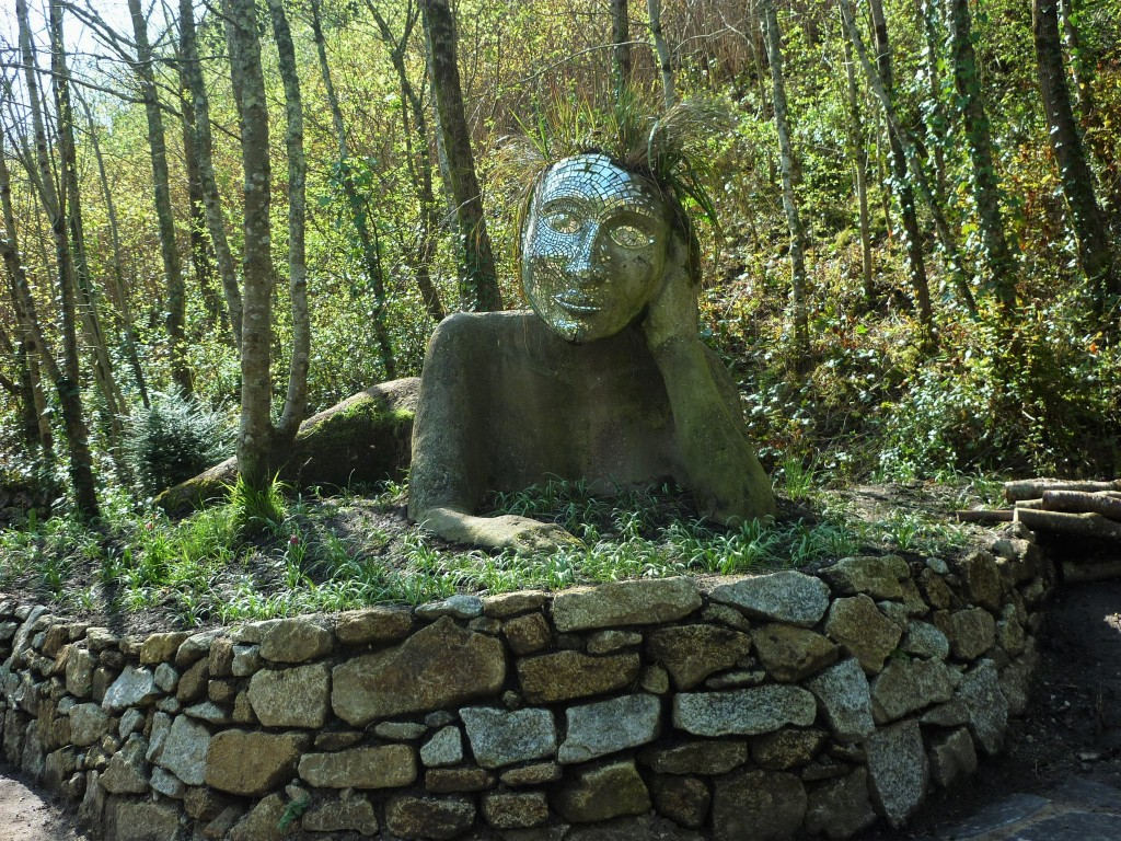 Clay Sculpture at the Eden Project - H Crawford/CrawCrafts Beasties