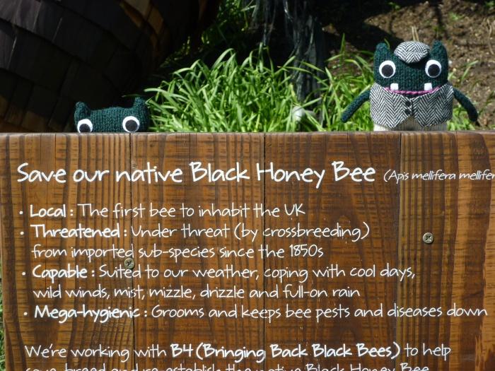 Helping the Bees - H Crawford/CrawCrafts Beasties