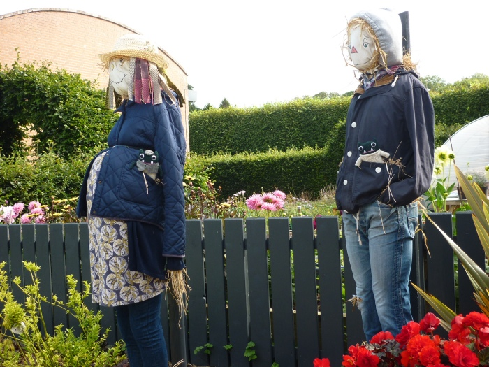 Scarecrow Family at Antrim Castle - H Crawford/CrawCrafts Beasties