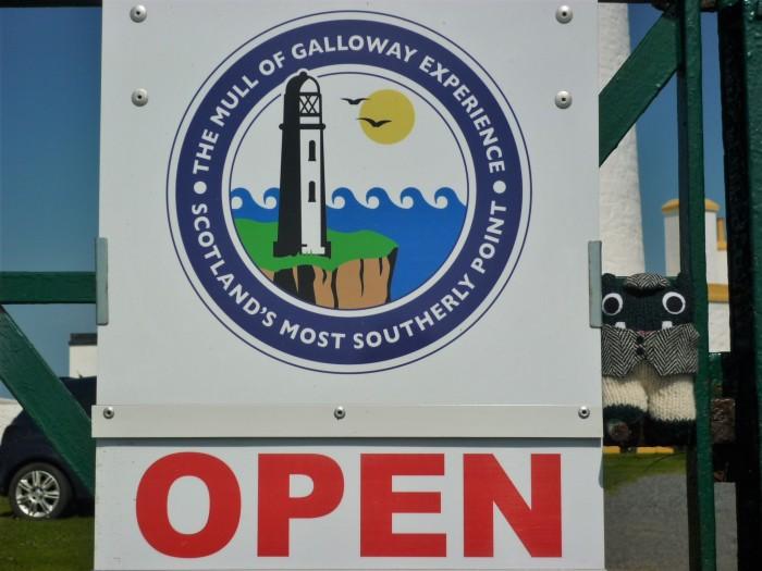 Lighthouse Entrance - H Crawford/CrawCrafts Beasties