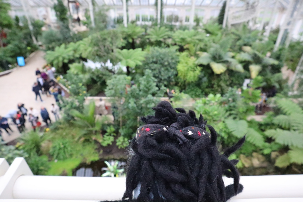 Garcia Beastie towers over the Temperate House - CrawCrafts Beasties