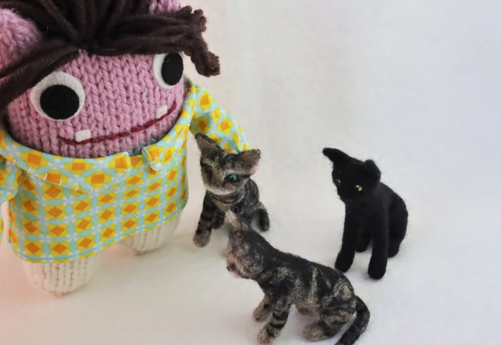 Beastie kitty cuddles - Commissions by CrawCrafts Beasties