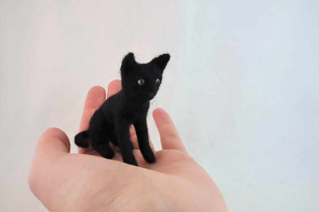 Black Beastie Cat - CrawCrafts Beasties